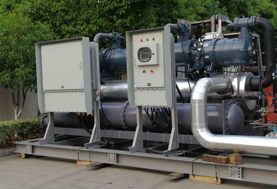 560P撬装式水冷螺杆式制冷机组