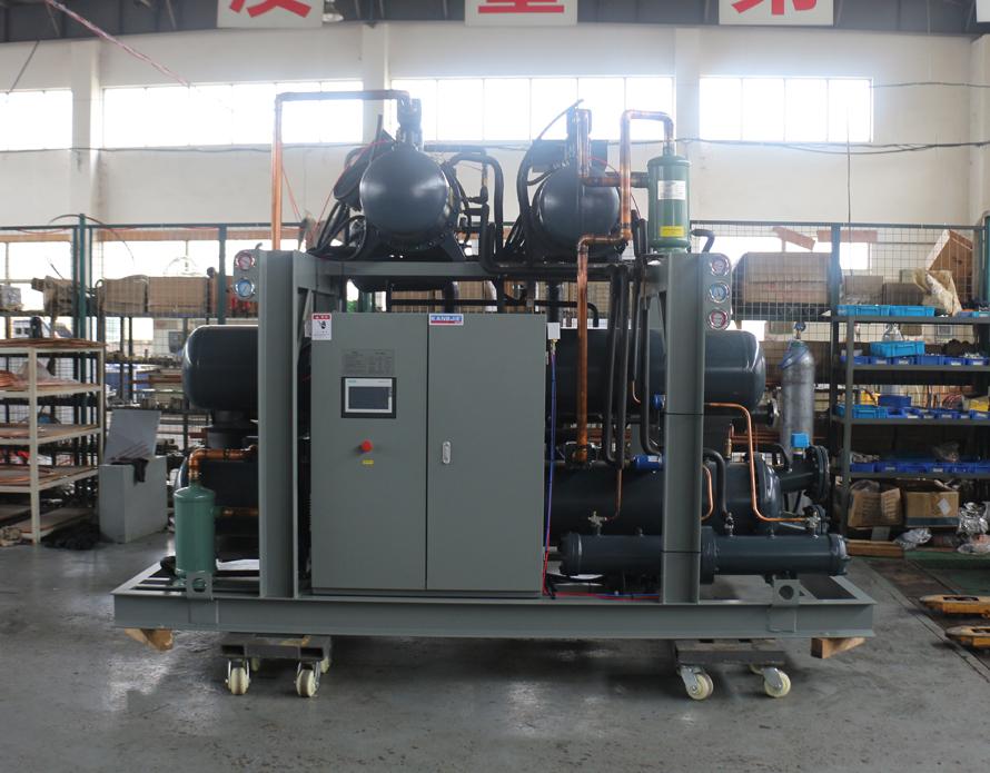 水冷螺杆复叠式冷水机组