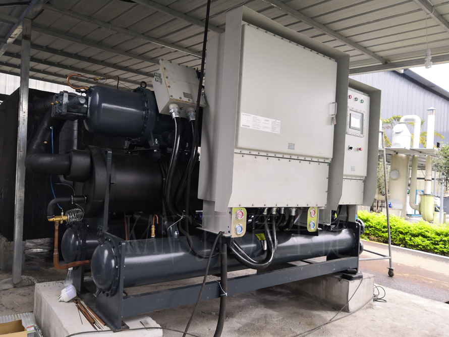 240P螺杆式低温防爆制冷机组在生物制药使用案例