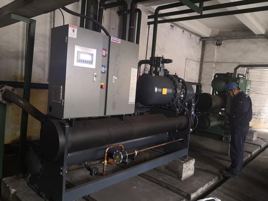 120P螺杆式冷水机组在铸造公司的使用案例